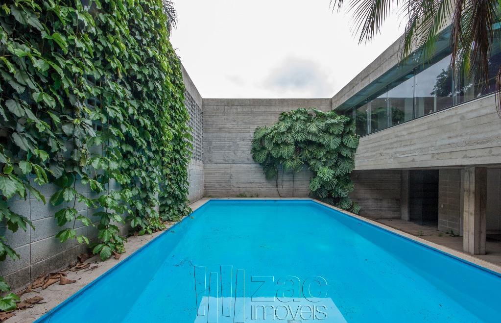 Casa de Concreto: Projeto Ruy Ohtake