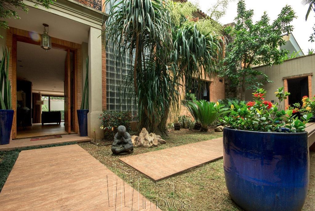 Arados tropical no Jardim Paulistano, por Rosana Collet