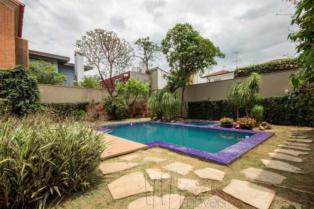 {arados tropical no Jardim Paulistano, por Rosana Collet