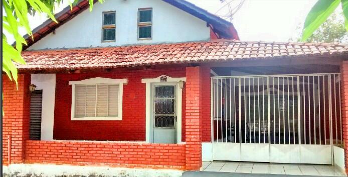 Casa de 3 dormitórios em Turista I, Caldas Novas - GO