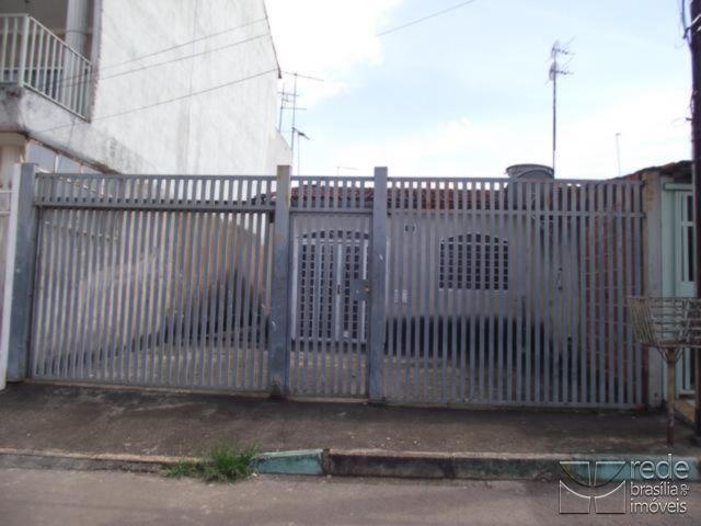 Casa de 2 dormitórios em Recanto Das Emas, Recanto Das Emas - DF