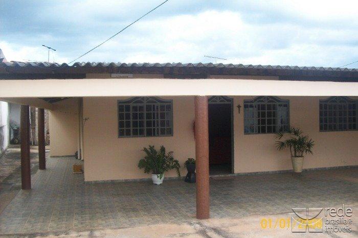 Casa de 4 dormitórios em Riacho Fundo, Riacho Fundo - DF