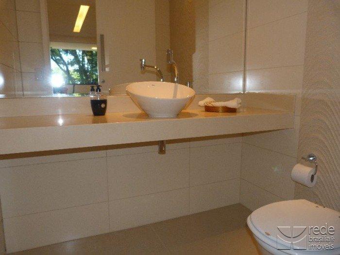 Apartamento de 4 dormitórios em Asa Norte, Brasília - DF