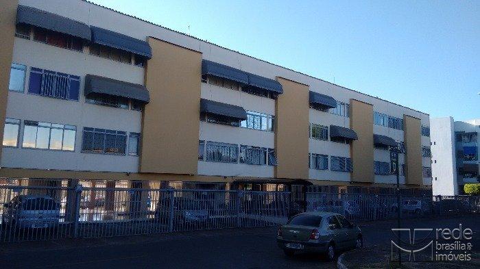 Apartamento de 3 dormitórios em Guará I, Guará - DF