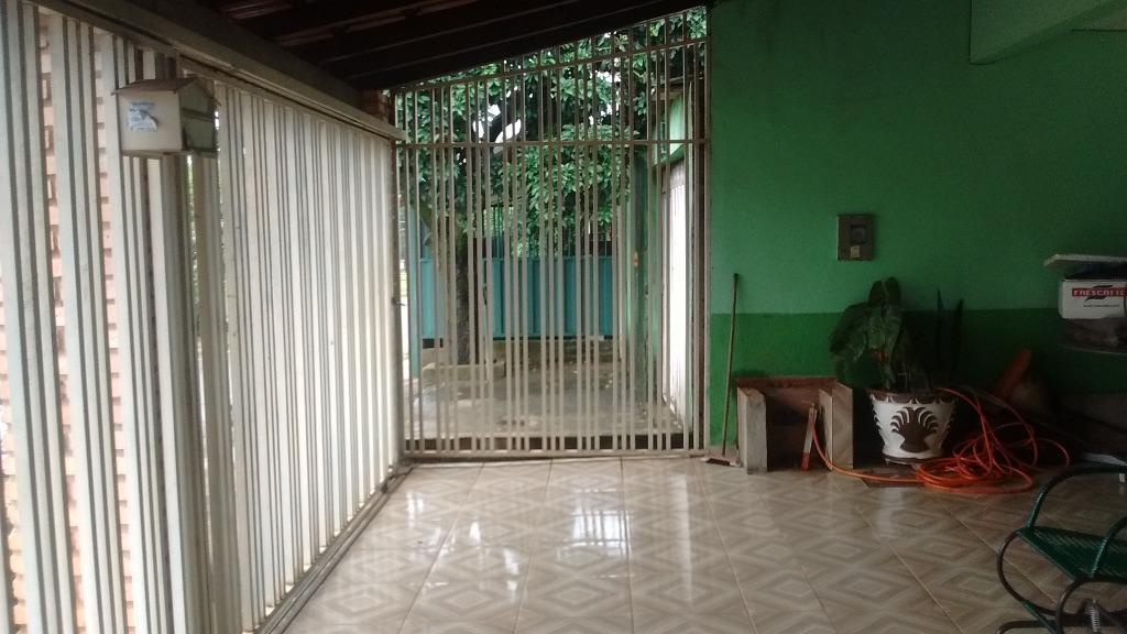 Casa de 4 dormitórios em Samambaia Norte, Samambaia - DF