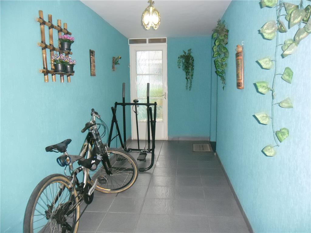 Imobiliária Compare - Casa 2 Dorm, Vila Itapegica - Foto 19