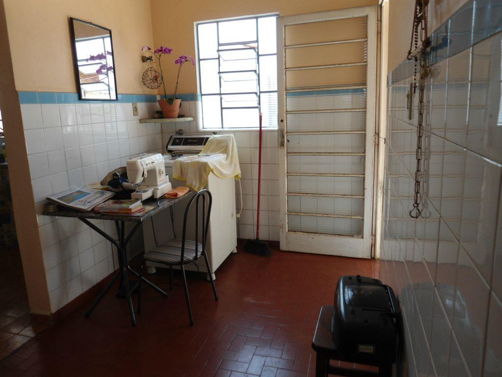 Casa residencial à venda, Vila Nogueira, Campinas.