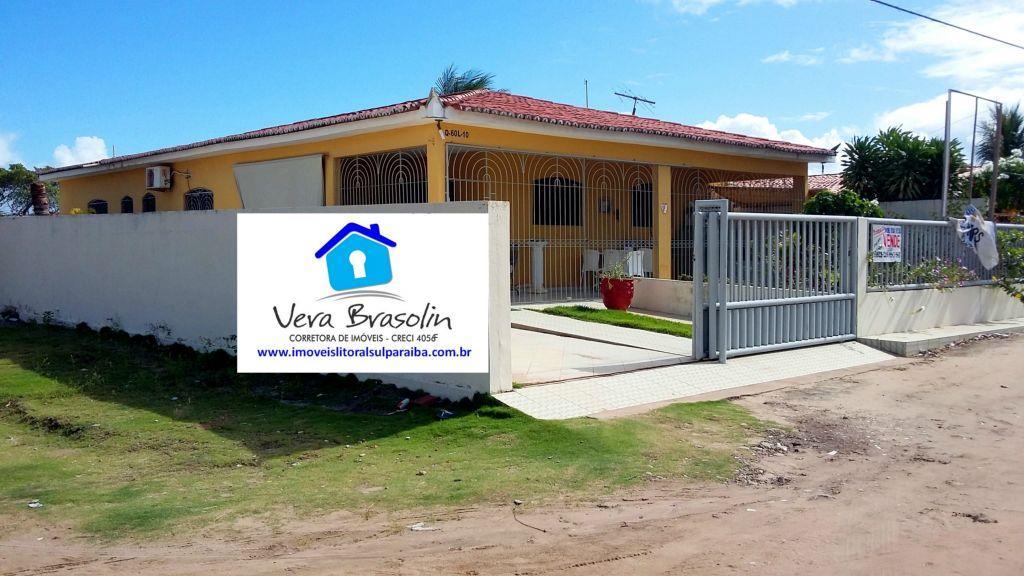 Linda Casa à venda em Jacumã