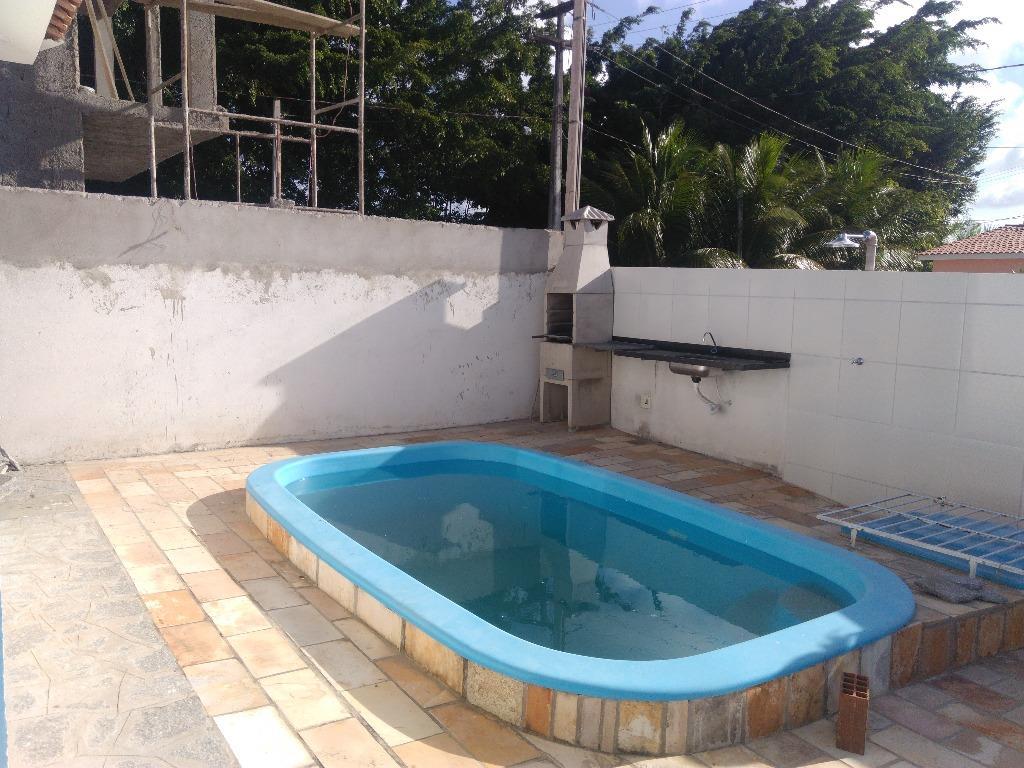 Baixei o preço!!!! 2 quartos, piscina e churrasqueira!