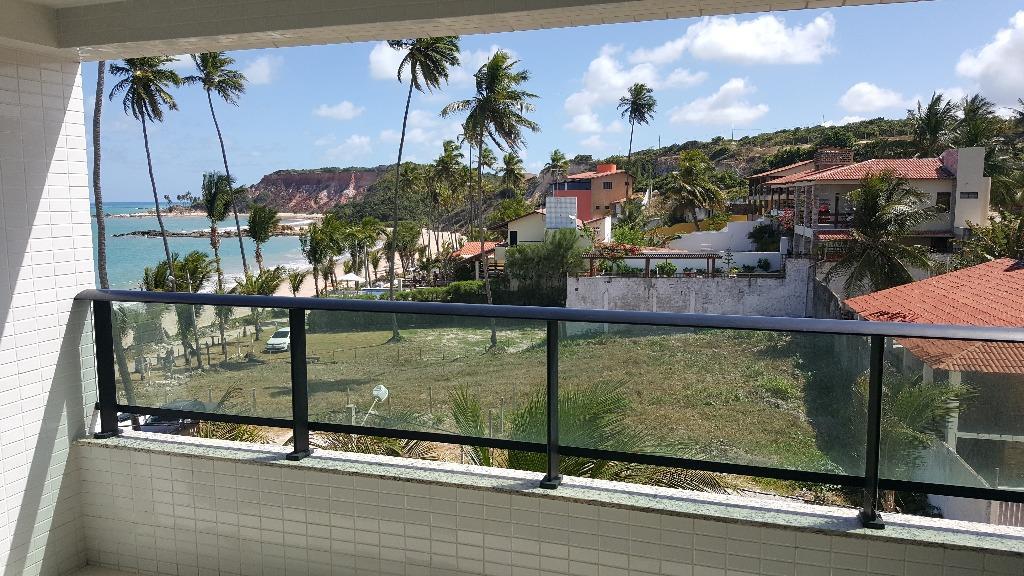 Apartamento novo, pé na areia, mobiliado, ótima localização