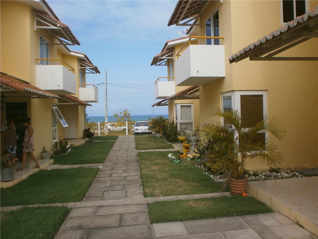 Casa com 2 suítes avarandadas, a 100 metros da Praia Bela, P...