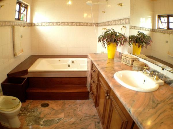 Casa em condomínio à Venda - Granja Caiapiá