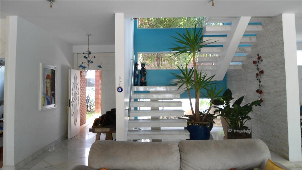 Casa em condomínio à Venda - Chácara Santa Lúcia