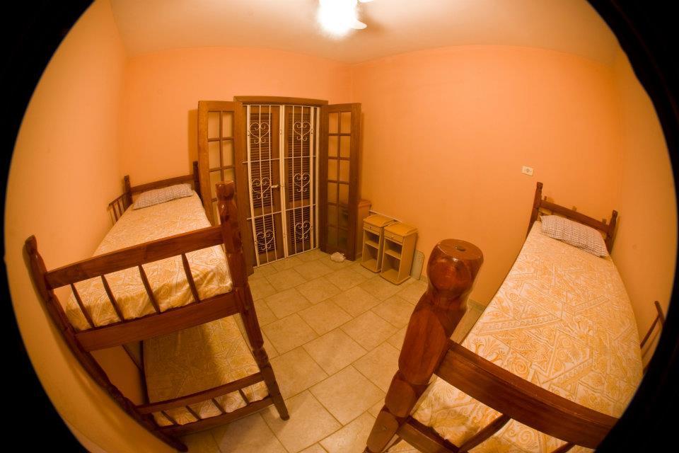 Sobrado residencial à venda, Ilhabela - BS Imóveis