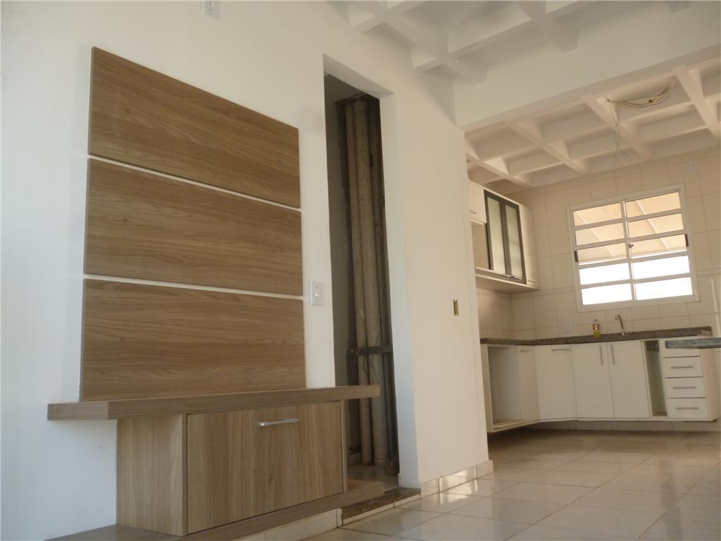 Soute Imóveis - Casa 3 Dorm, Vila Nova Bonsucesso - Foto 4