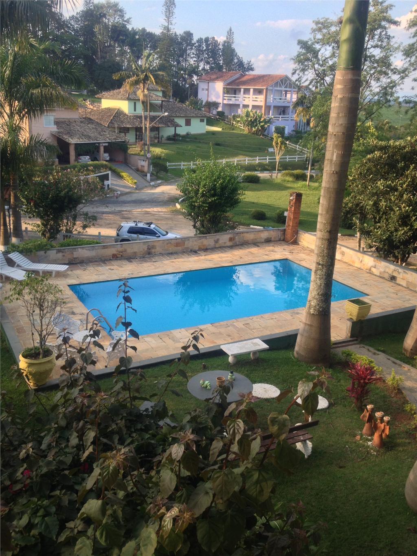 Casa 3 Dorm, Condomínio Hari Country Club, Santa Isabel (CA0600)