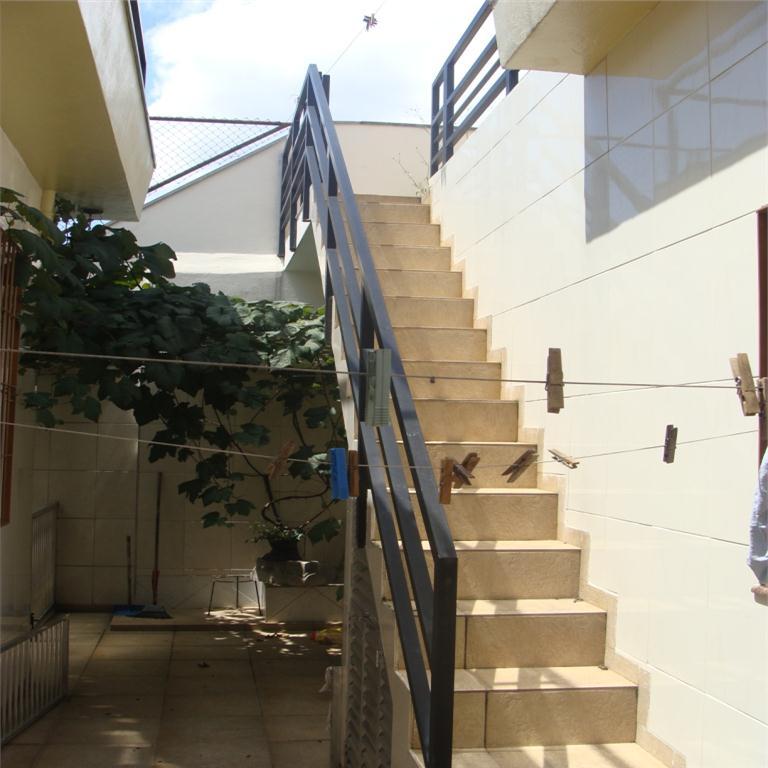 Casa / Sobrado à Venda - Vila Dom Pedro I
