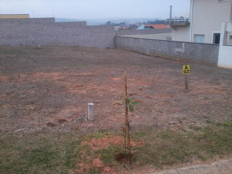 Terreno em Jardim Samambaia, Valinhos - SP