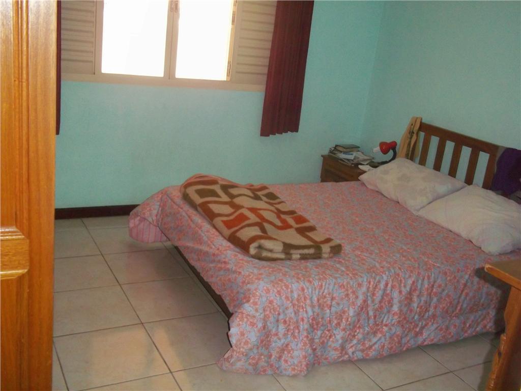 Casa de 3 dormitórios em Jardim Brasil, Amparo - SP