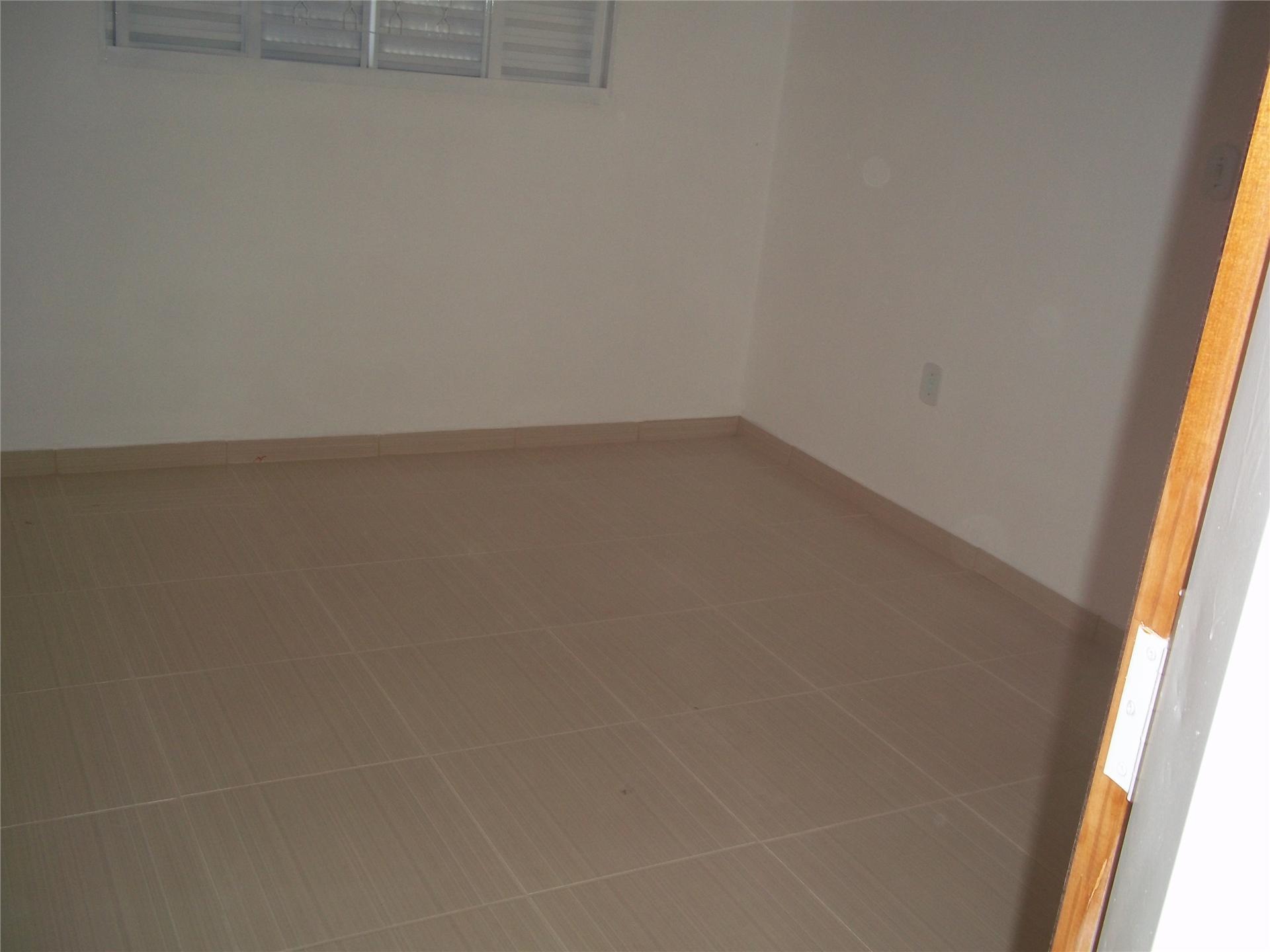 Casa de 2 dormitórios em Nova Suiça, Serra Negra - SP