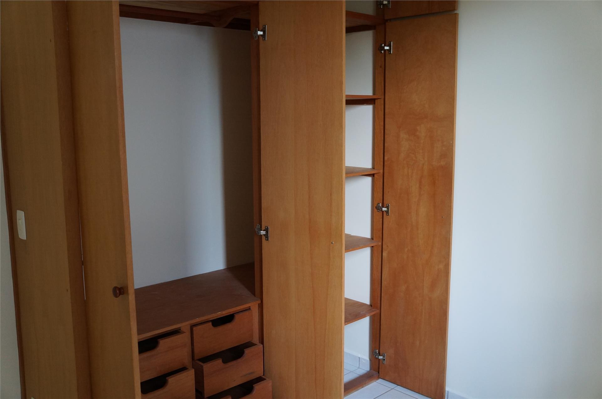 Apartamento de 2 dormitórios em Jardim Bom Retiro, Valinhos - SP