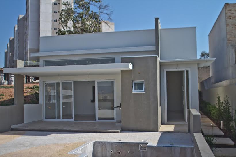Casa de 3 dormitórios em Cond. Vila Real, Valinhos - SP