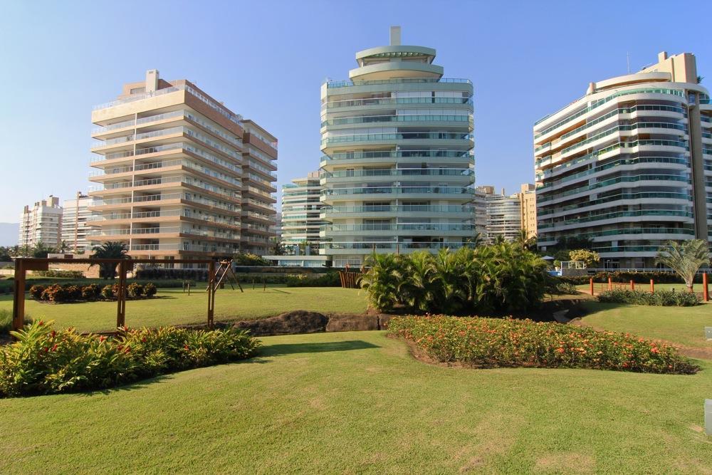 Riviera de São Lourenço pé na Areia Oportunidade de E&C Soluções Imobiliárias