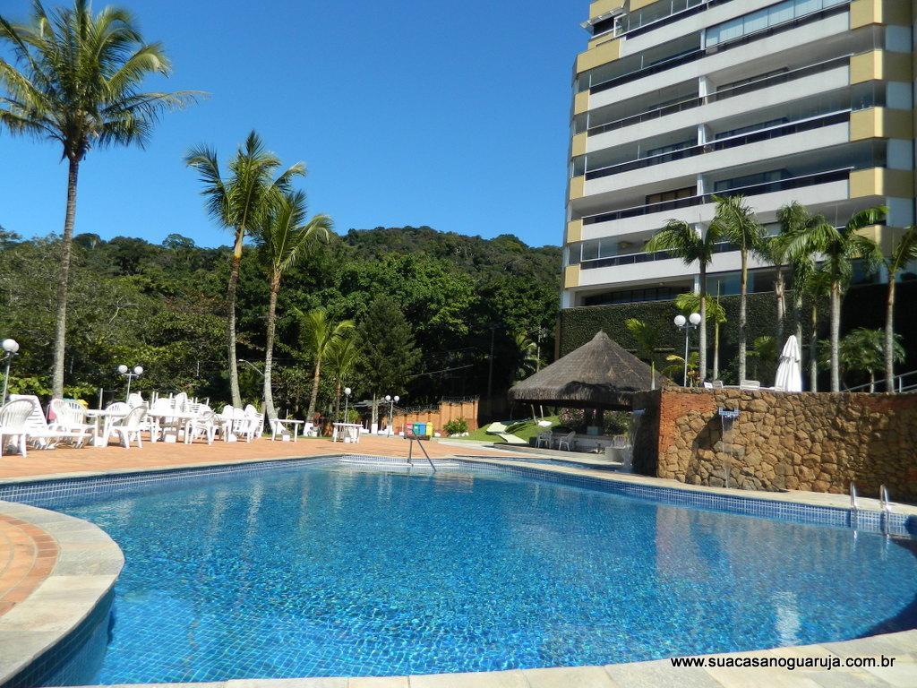 Apartamento residencial à venda, Morro Sorocotuba, Guarujá -