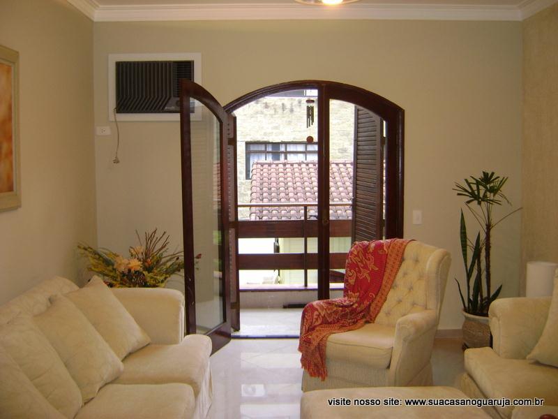 Apartamento reformado à venda, Praia da Enseada - Aquário, G