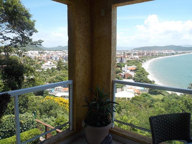 Apartamento residencial à venda, Canasvieiras, Florianópolis de Directa Imóveis