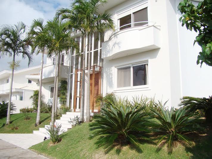 Casa residencial à venda, Jurerê, Florianópolis. de Directa Imóveis