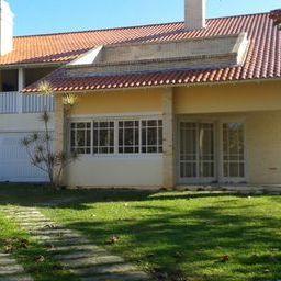 Casa residencial à venda, Jurerê Internacional, Florianópoli de Directa Imóveis.'