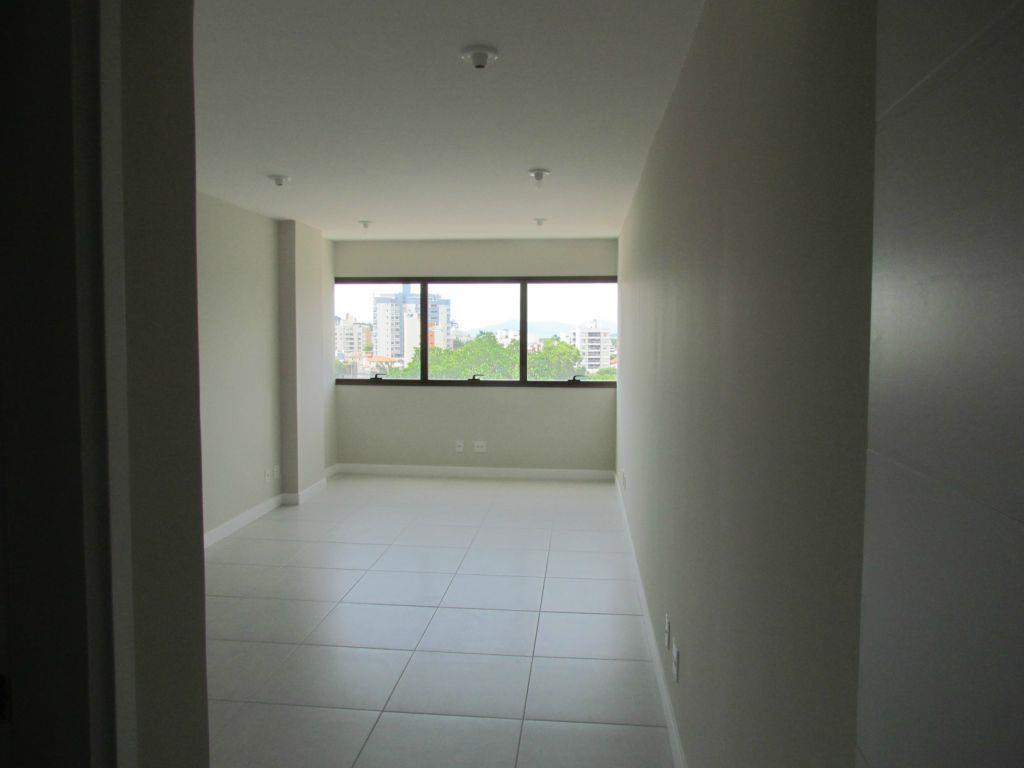 Sala comercial à venda, Trindade, Florianópolis. de Directa Imóveis