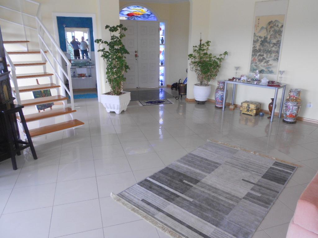 Yarid Consultoria Imobiliaria - Casa 4 Dorm - Foto 8