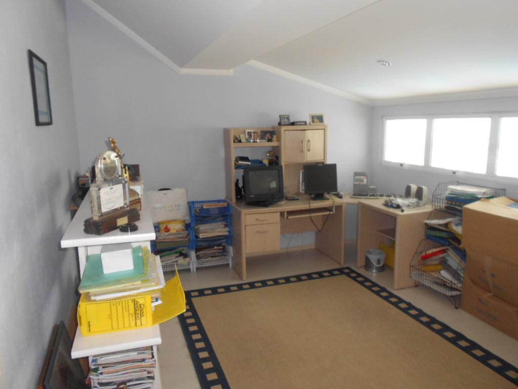 Yarid Consultoria Imobiliaria - Casa 4 Dorm - Foto 19