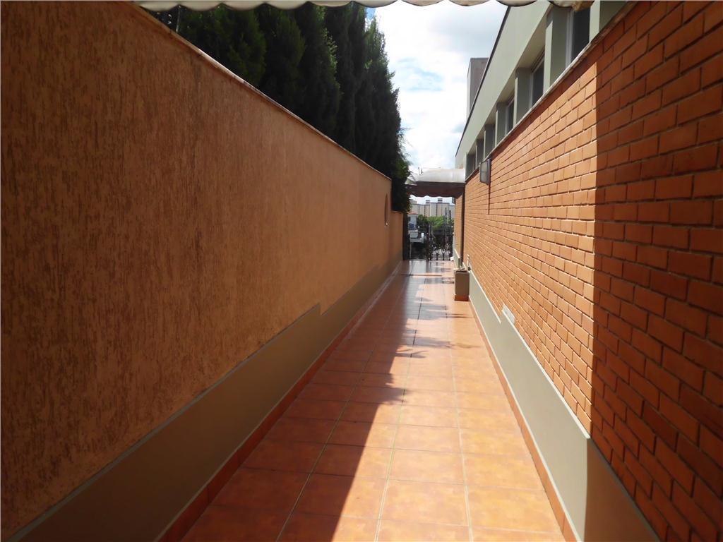 [Casa comercial para locação com face p/ Avenida Jundiaí, Jardim Ana Maria, Jundiaí.]