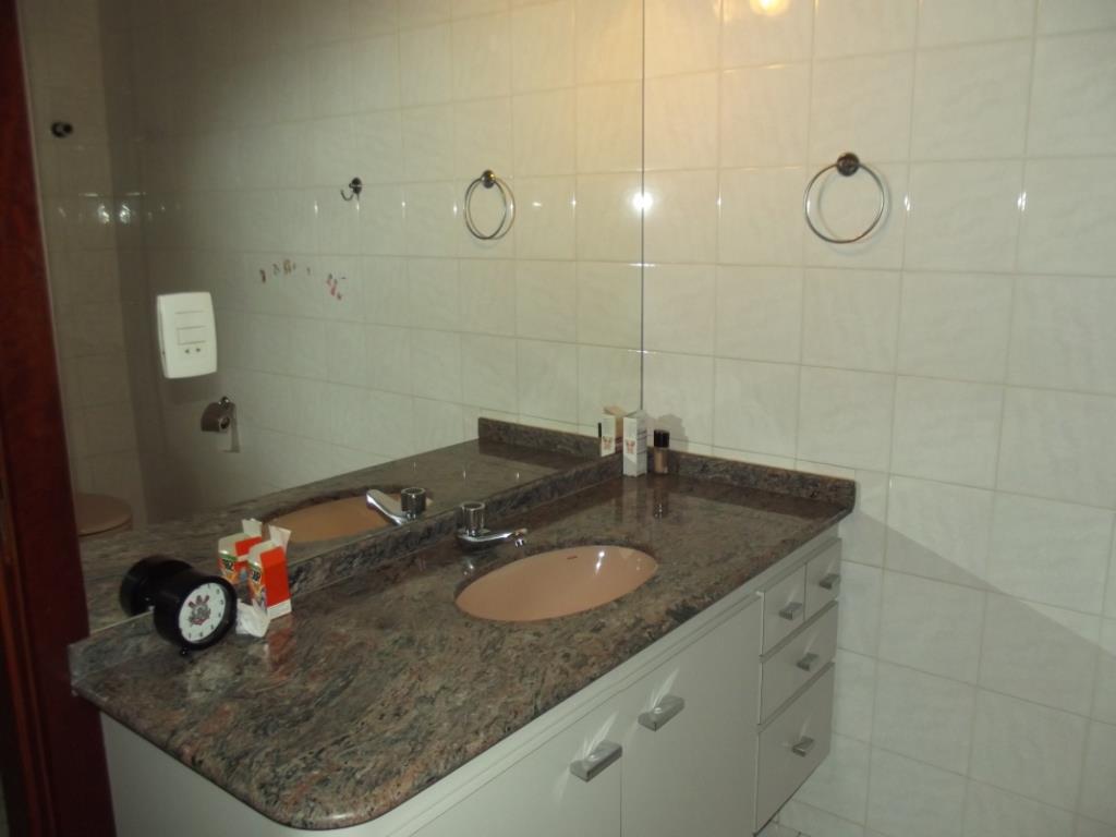 Yarid Consultoria Imobiliaria - Casa 4 Dorm - Foto 4