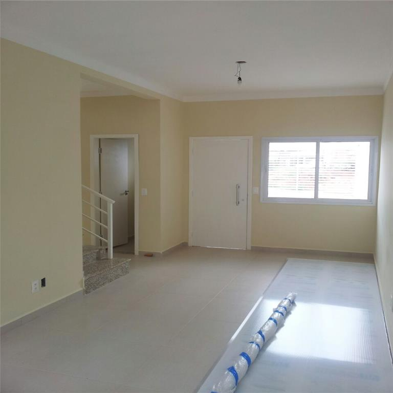 Total Imóveis - Casa 3 Dorm, Jardim das Tulipas