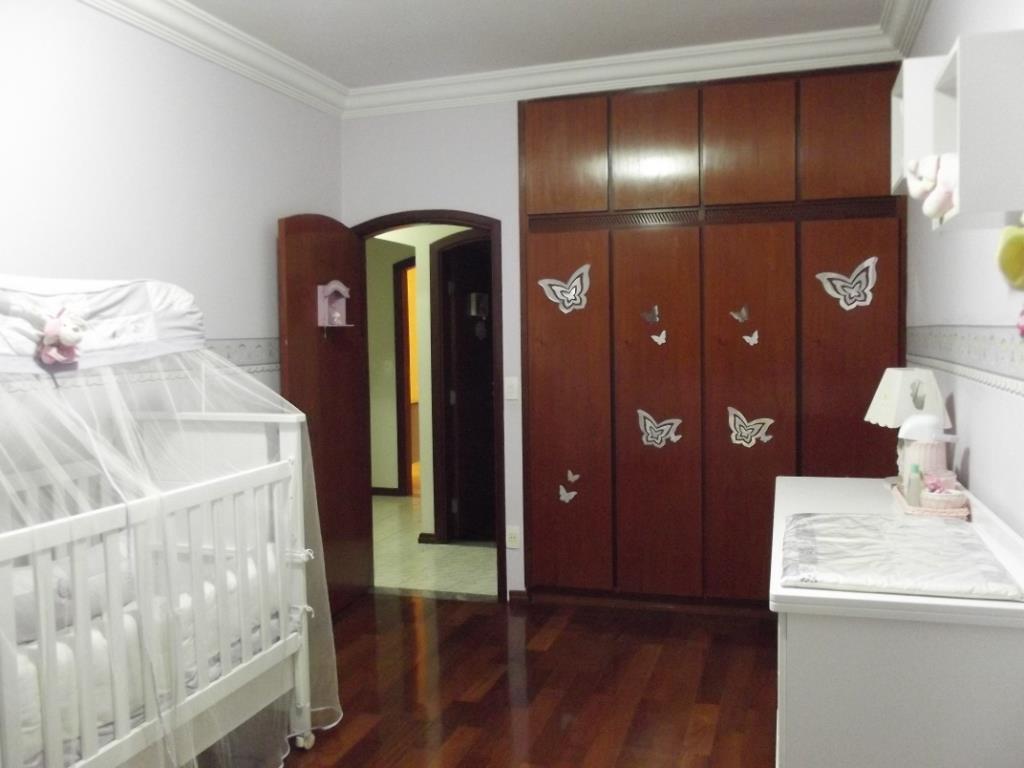 Yarid Consultoria Imobiliaria - Casa 4 Dorm - Foto 16