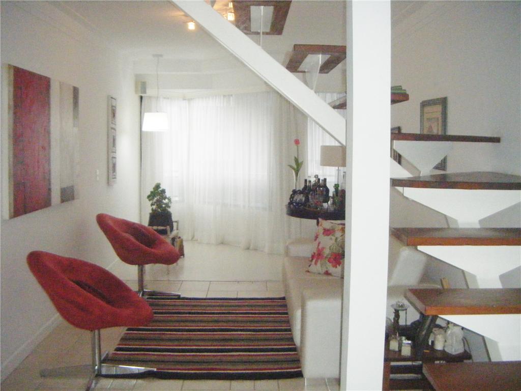 Apartamento residencial para locação, Centro, Florianópolis.