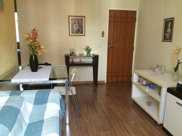Excelente Apartamento, Reformado, Todo Mobiliado, Sala, 2 Qt de Nossa Loja Imóveis.'