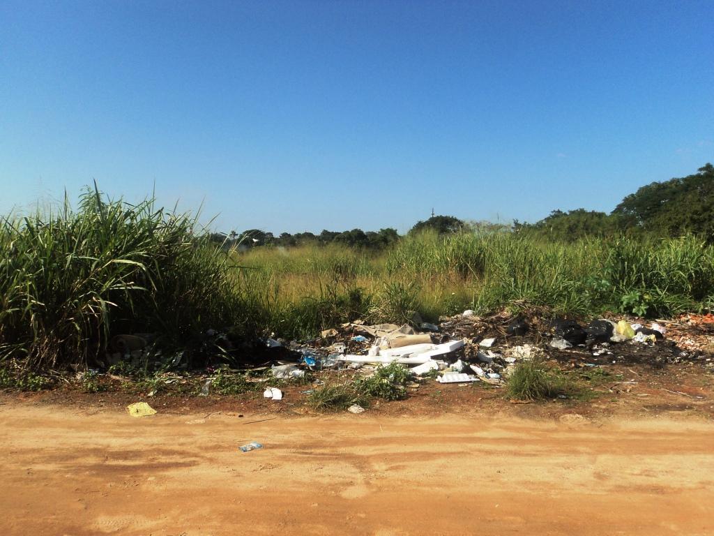 Lote/Terreno em Viaduto  -  Araruama - RJ