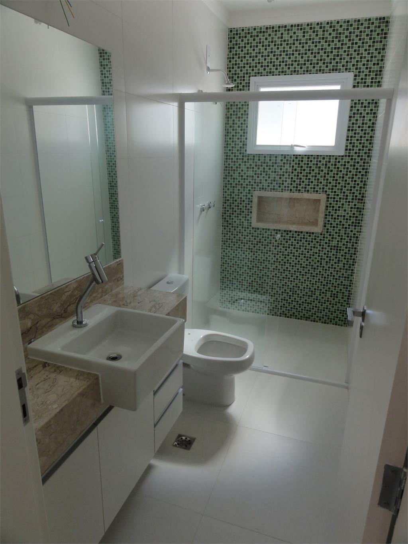 Casa de 3 dormitórios em Baden, Campinas - SP