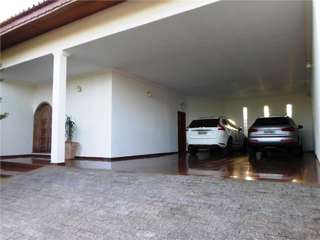 Casa de 4 dormitórios em Parque Taquaral, Campinas - SP