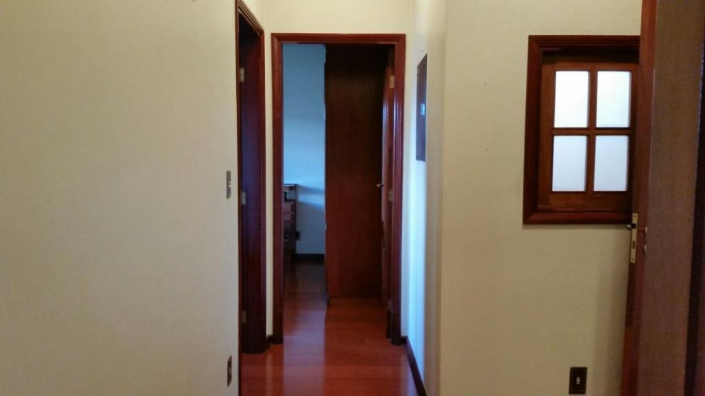 Casa de 3 dormitórios em Centro, São João Da Boa Vista - SP