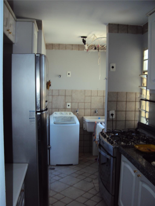 Apartamento de 3 dormitórios em Vila Costa E Silva, Campinas - SP