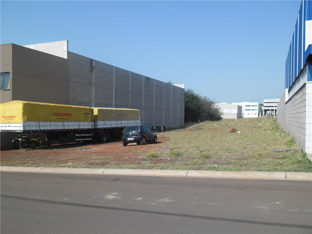 Terreno à venda em Loteamento Industrial Veccon Zeta, Sumaré - SP