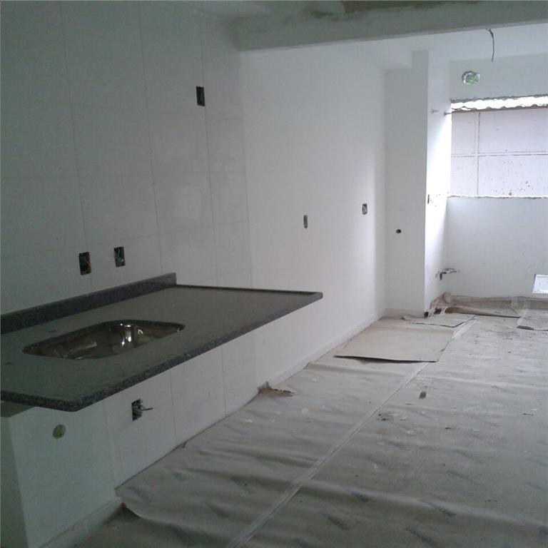Apartamento de 2 dormitórios em Parque Reboucas, São Paulo - SP