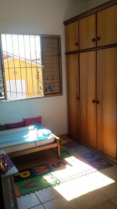 Sobrado de 3 dormitórios em Rio Pequeno, São Paulo - SP