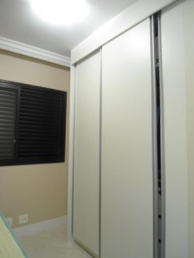 Apartamento de 2 dormitórios em Jardim Ester Yolanda, São Paulo - SP